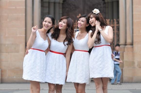 Váy phụ dâu đẹp cho ngày trọng đại