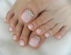 Top 4 mẫu móng chân đính đá giúp cô dâu lộng lẫy trong ngày cưới