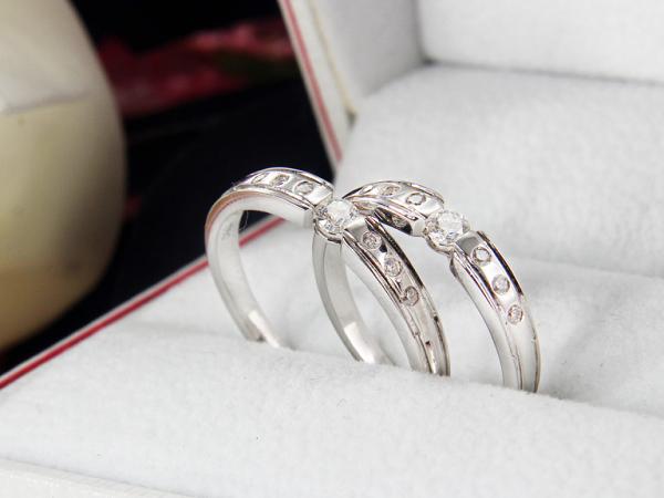 Nhẫn cưới cổ điển không bao giờ là lỗi thời
