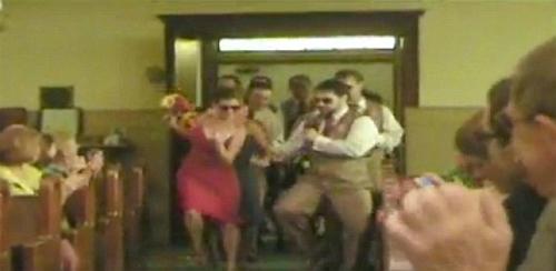 Màn nhảy nhót độc đáo trong đám cưới