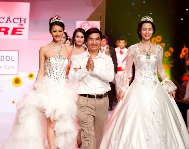 Clip trình diễn bst áo cưới Dấu Ấn Thiên Đường xuân 2013