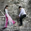 Cùng biến hóa đa dạng style chụp hình cưới cho bạn