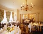 Lựa chọn đặt tiệc buffet tiết kiệm cho đám cưới