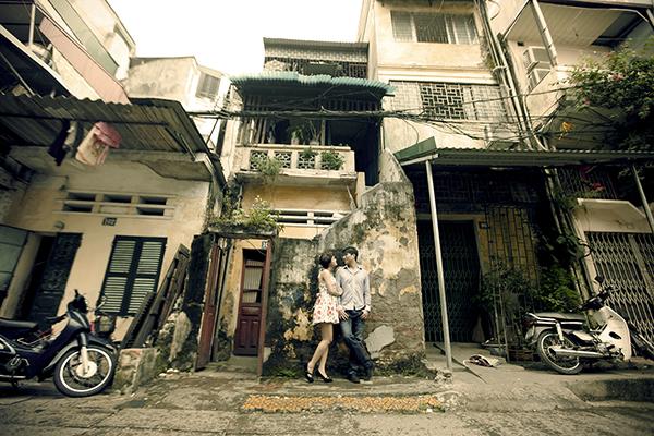 Chụp ảnh cưới gần gũi, đời thường ngay trên đường phố