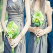 Mát dịu với hoa cưới xanh và trắng